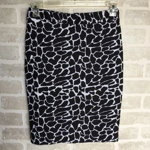 Small women's  pencil skirt Emmelee print
